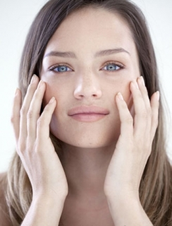 影响黄褐斑治疗效果的不利因素